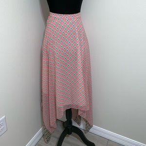 Dresses & Skirts - Flowy High waisted Pink Skirt ✨